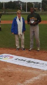 enmanuel-lugo-premio-champion-bat